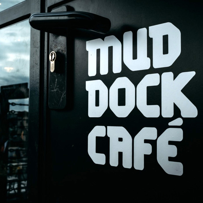 Mud Dock Café logo
